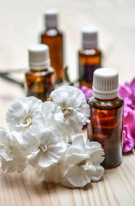 essential-oils-1433693_1280-1